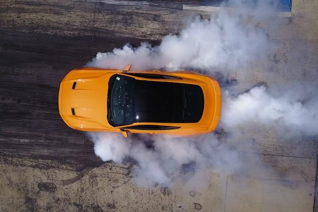 【ビデオ】フォード、新型「マスタング」全車にラインロック機能を標準装備 誰でも簡単にバーンナウト!