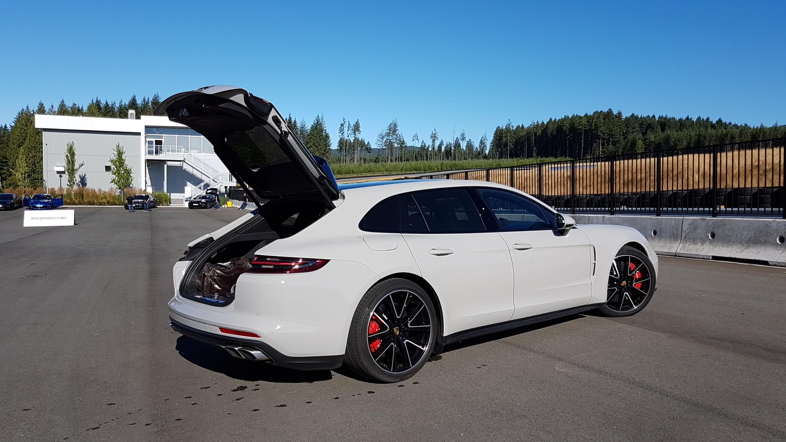 Porsche Panamera Turbo S E-Hybrid et Sport Turismo: l'hybride et la
