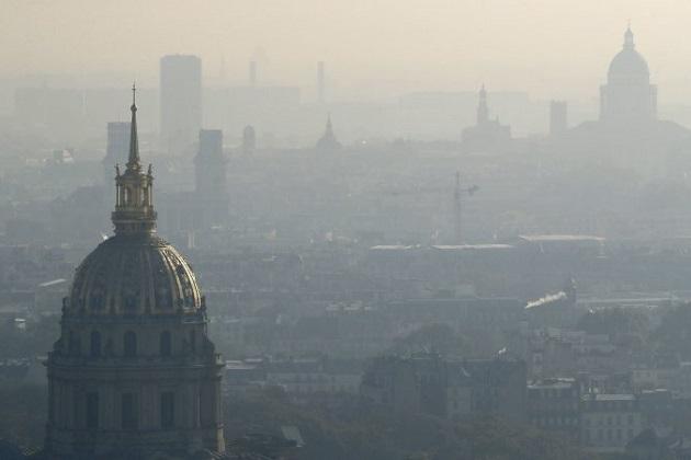 フランス・パリ市が2030年までに内燃エンジン搭載車の追放を計画中