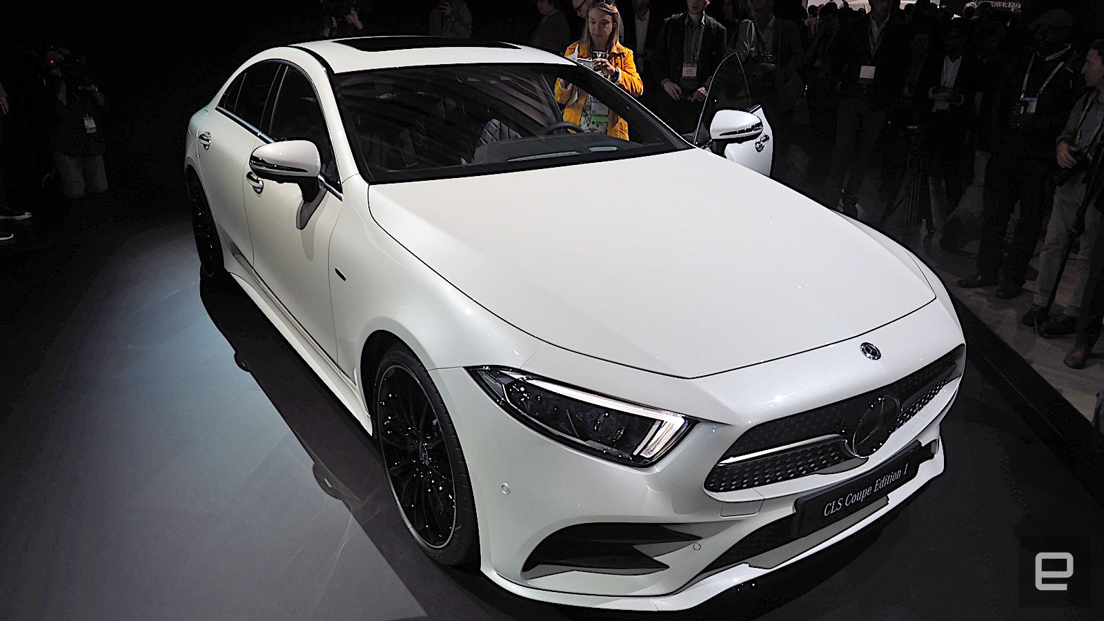 the 2018 cls will be mercedes 39 smartest coupe yet. Black Bedroom Furniture Sets. Home Design Ideas