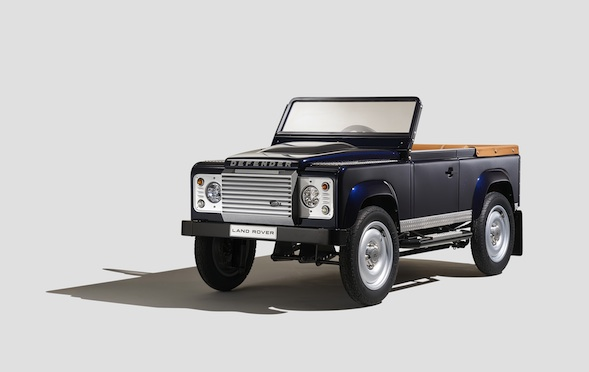 how much land rover make 10 000 pedal car aol. Black Bedroom Furniture Sets. Home Design Ideas