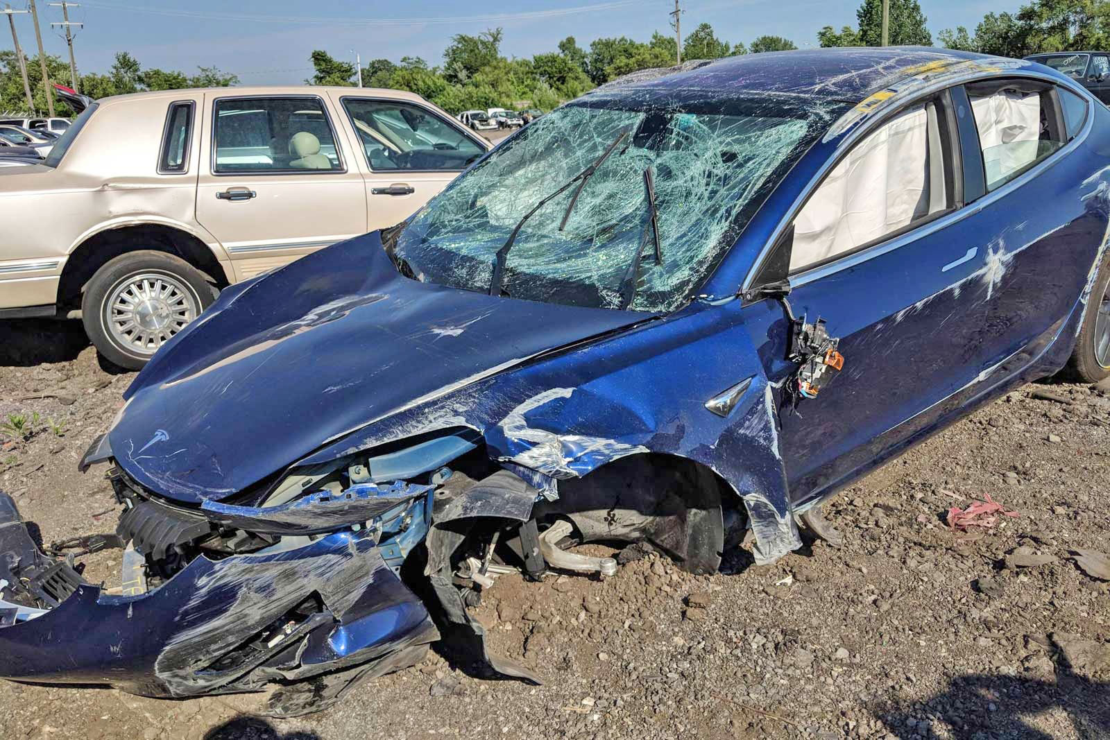 Tesla Model 3 rollover crash shows its real-world safety