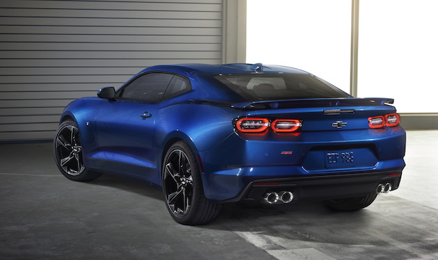 2019 Camaro's new LED taillamps with a more sculptured evolution of Chevrolet's signature dual-element design.