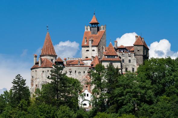 39 Dracula 39 Castle Goes On Sale For 50 Million Aol