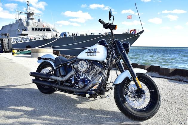 【ビデオ】ハーレーダビッドソン、戦艦「USSミルウォーキー」の就役を記念するカスタム・バイクを製作