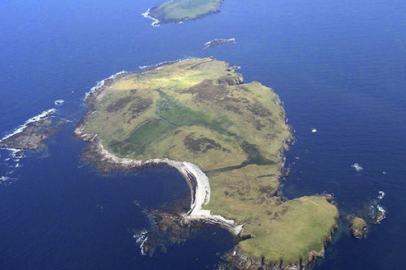 Private island on sale for £140,000 off coast of Ireland