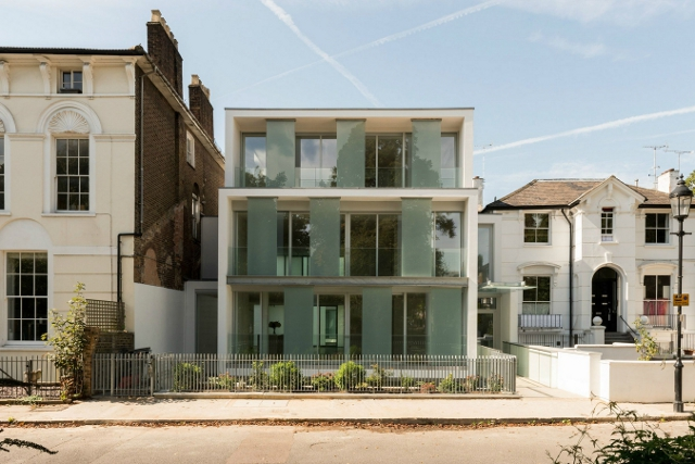 The glass block in Barnsbury