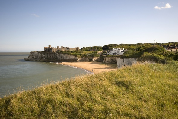 Nine beaches in Kent closed after sewage leak