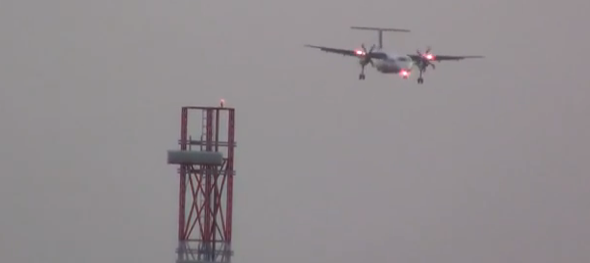 Scary moment plane lands in high winds at Leeds Bradford Airport (video)