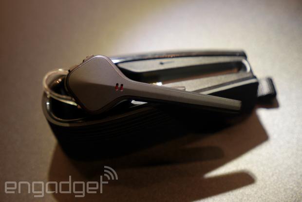 Plantronics 在台推出 Voyager Edge 旗艦藍牙耳機及 BackBeat Fit 運動防水耳機