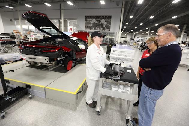 アキュラ、新型「NSX」購入者のために工場見学ツアーを開催