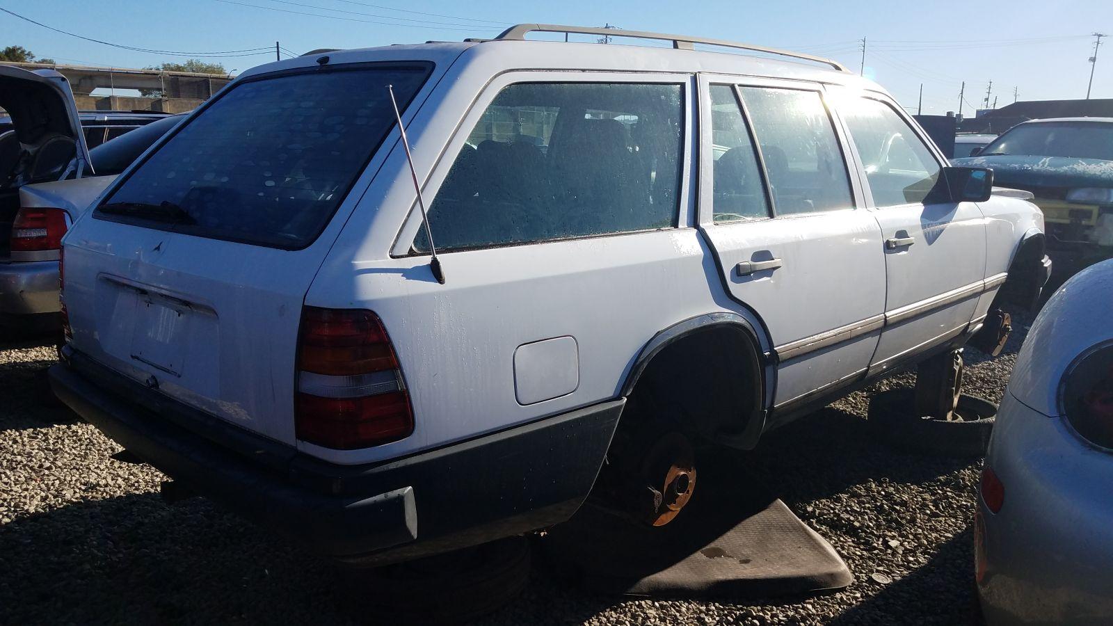 Junkyard gem 1989 mercedes 300 te station wagon autoblog for Mercedes benz service san francisco