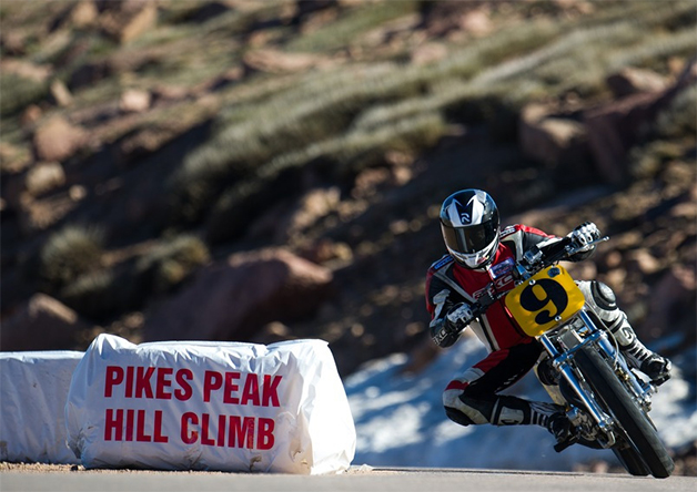 Mark Shim runs during practice for the 2014 Pikes Peak International Hill Climb.