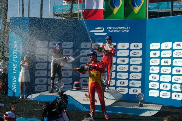 ピケJr.、父親がF1初勝利を飾ったロングビーチでフォーミュラE初勝利!