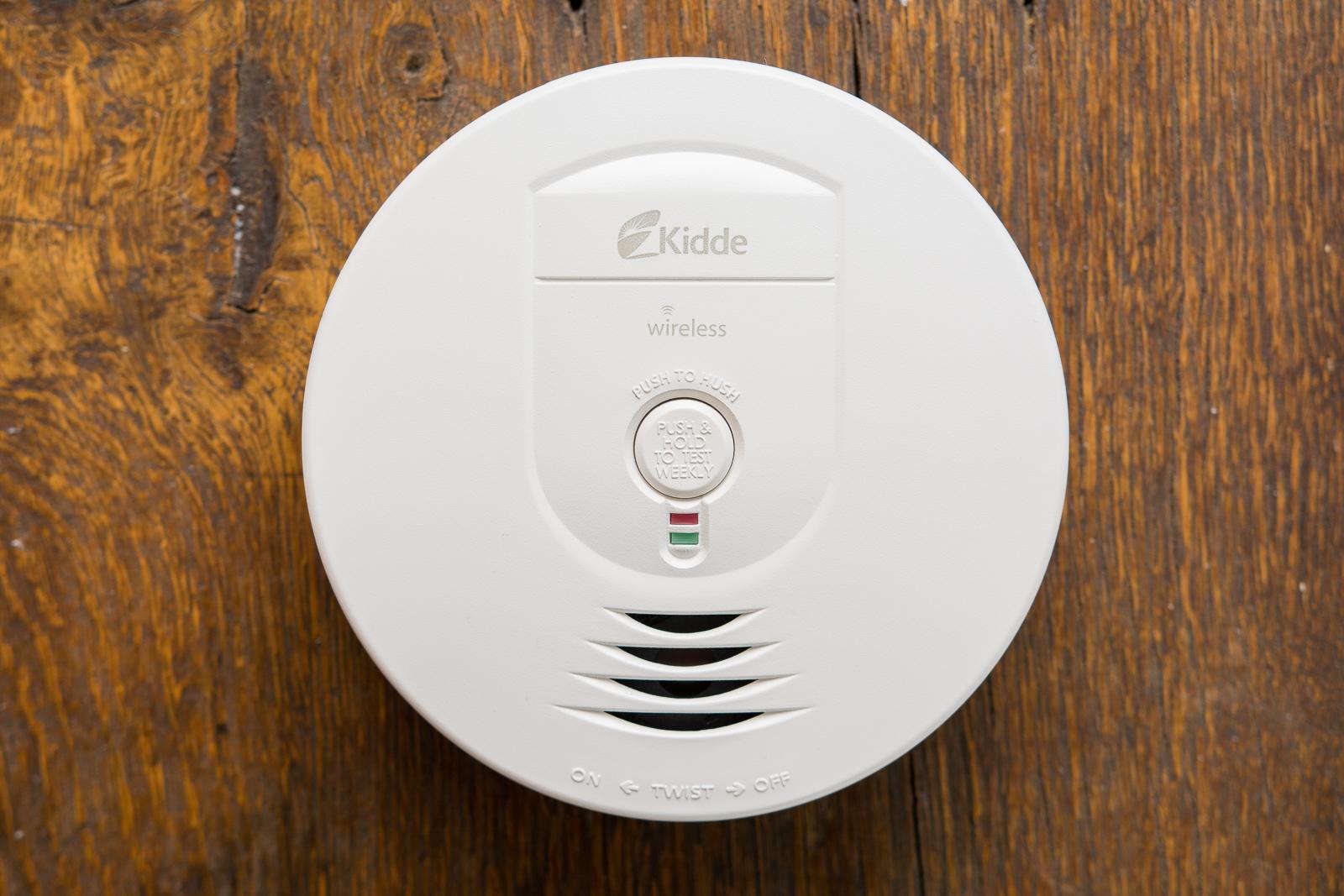 - 06 basic smoke alarm 1600 - The best basic smoke alarm