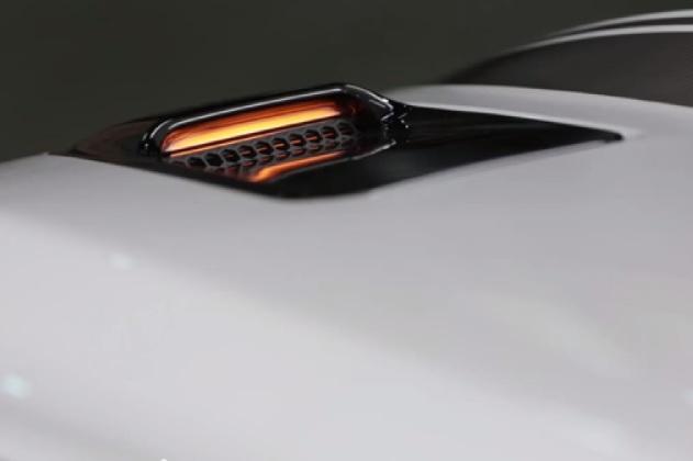 【ビデオ】2016年型フォード「マスタングGT」に、ボンネットのウィンカーが復活!