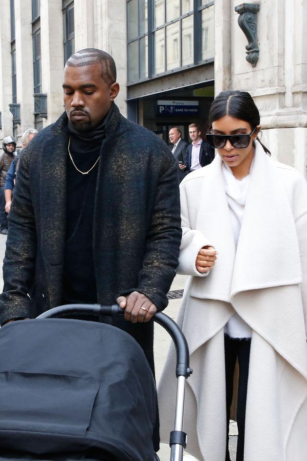 Kim and Kanye land in Paris for Fashion Week