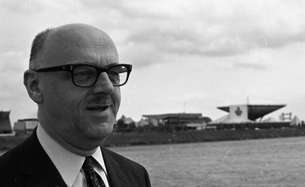 Jean Drapeau a été maire de Montréal de 1954 à 1957 et de 1960 à