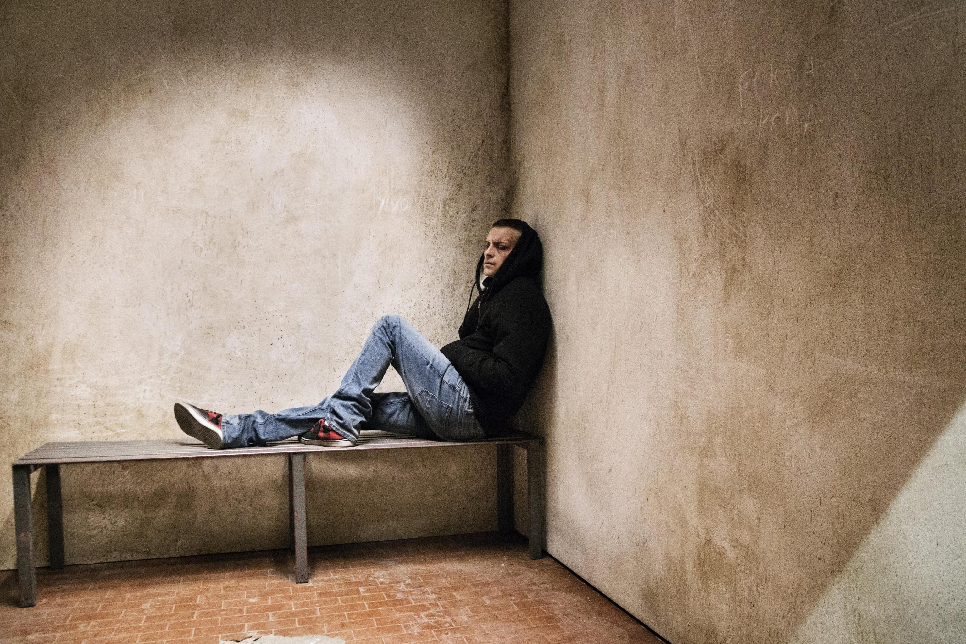 """Una foto di scena del film: """"Sulla mia pelle"""" di Alessio Cremonini, pellicola sulla storia..."""