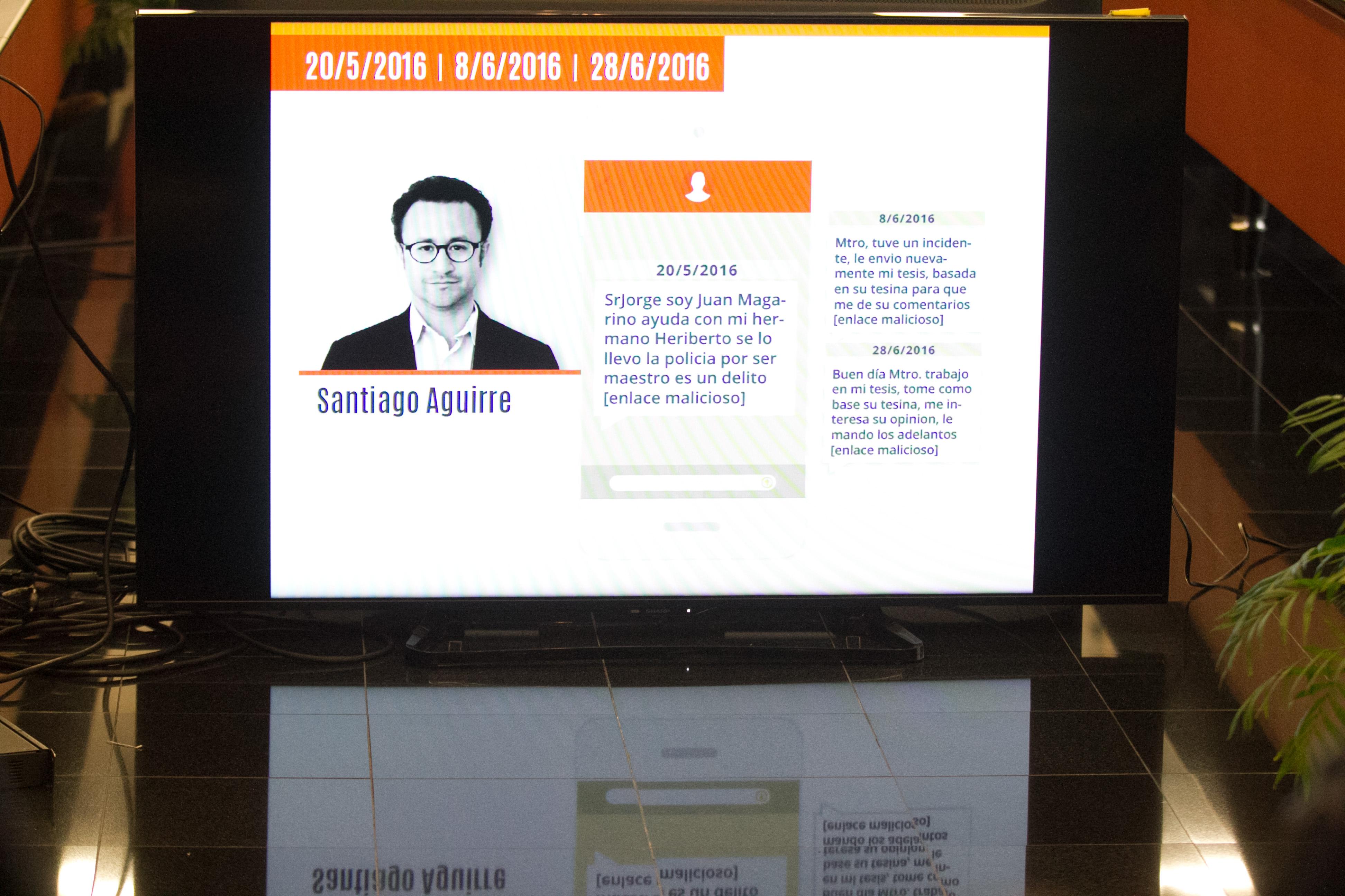 Presentación en el Senado del informe #GobiernoEspía, aquí los mensajes recibidos por Santiago Aguirre,...
