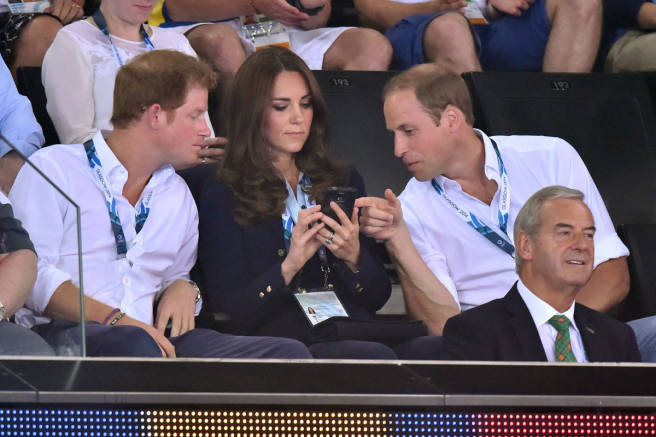 royals on their cellphone