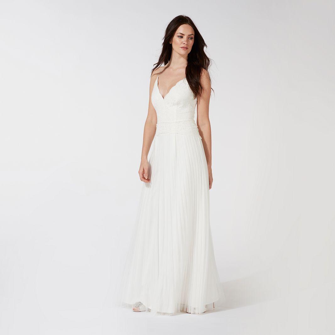 Five best wedding dresses under 500 aol uk living for Second hand wedding dresses london