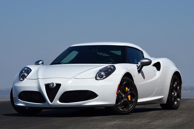 【試乗記】「美と性能を兼ね備えたドライバーズ・カー」 新型アルファ ロメオ「4C」
