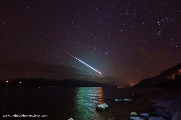 'Fireball meteor' lights up sky over Loch Ness