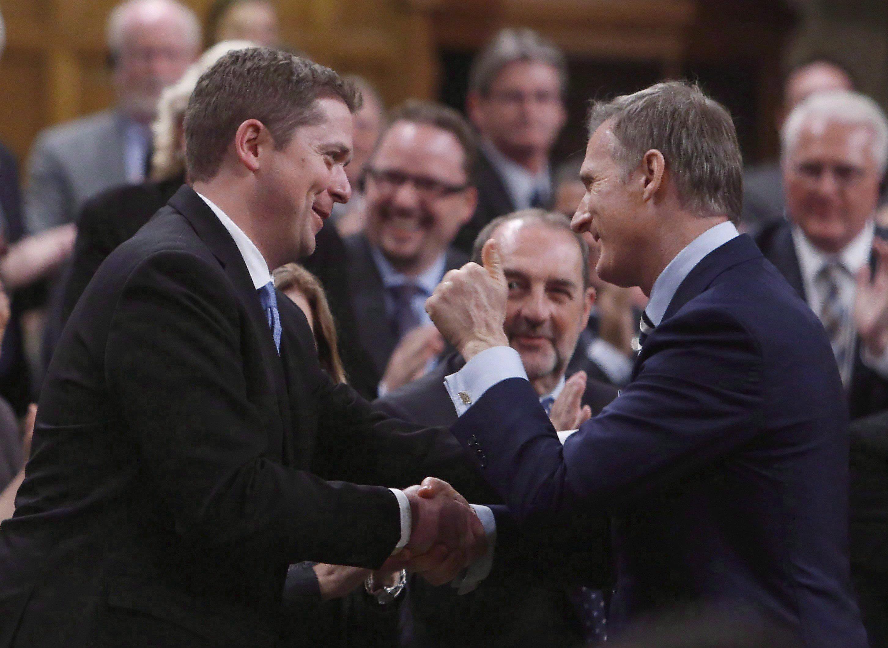 Le chef conservateur Andrew Scheer a expulsé le Québécois Maxime Bernier de son cabinet fantôme en juin