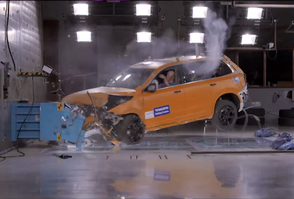 Volvo XC90 crash test