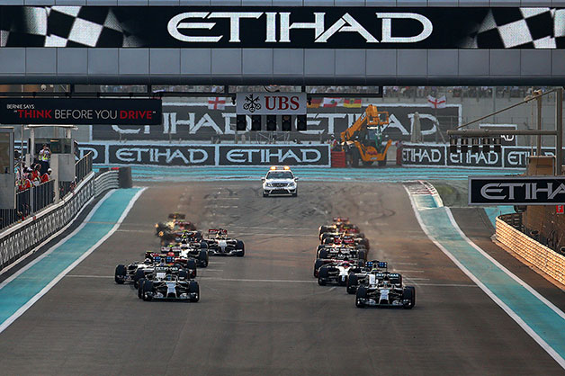 The start of the 2014 Abu Dhabi Grand Prix.