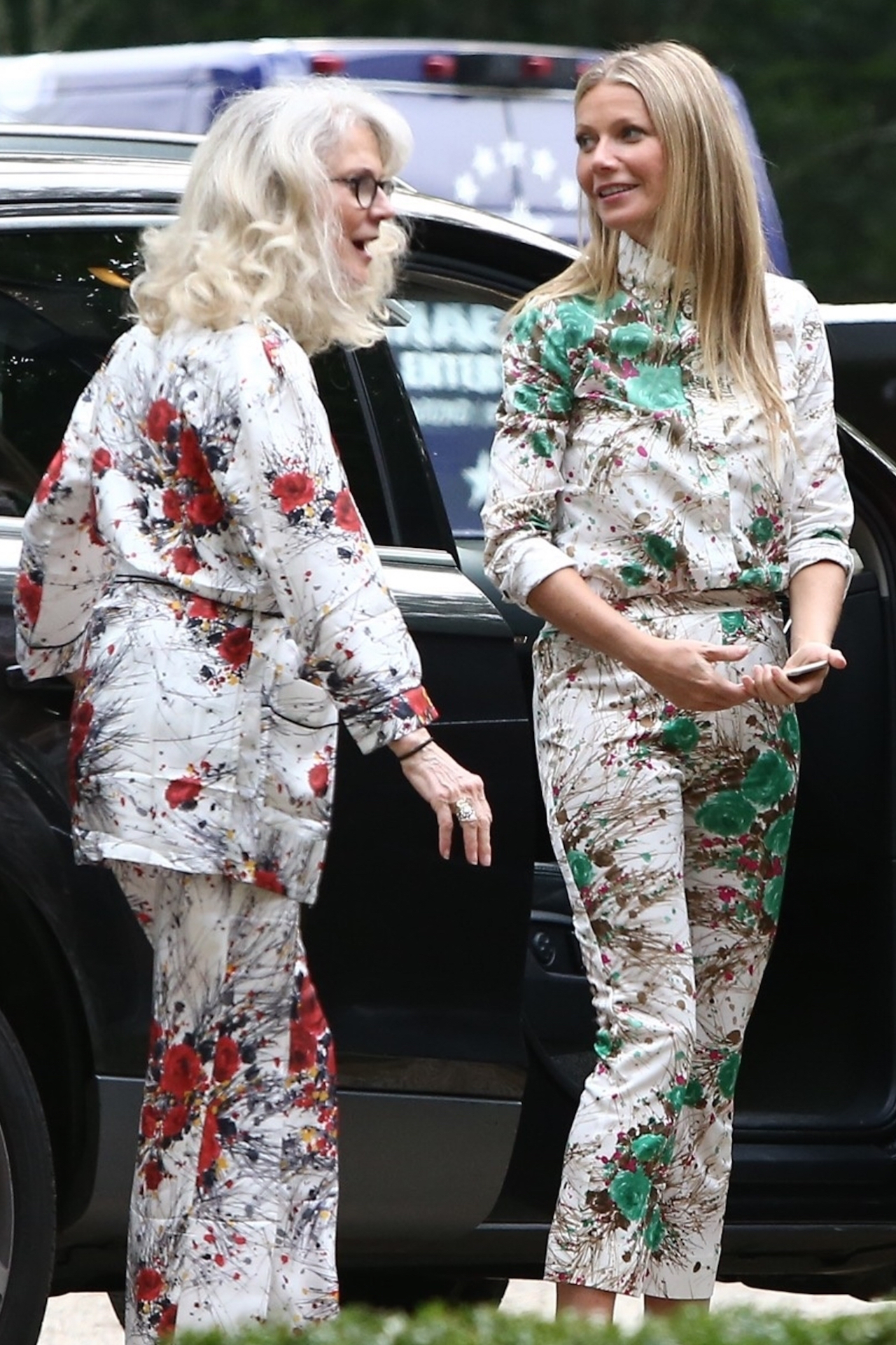 Hamptons, NY  - Gwyneth Paltrow arrives with her mother Blythe Danner, Chris Martin and their kids, at her brand Goop event in the Hamptons.  Pictured: Gwyneth Paltrow, Blythe Danner  BACKGRID USA 20 JULY 2017   BYLINE MUST READ: MiamiPIXX / BACKGRID  USA: +1 310 798 9111 / usasales@backgrid.com  UK: +44 208 344 2007 / uksales@backgrid.com  *UK Clients - Pictures Containing Children Please Pixelate Face Prior To Publication*