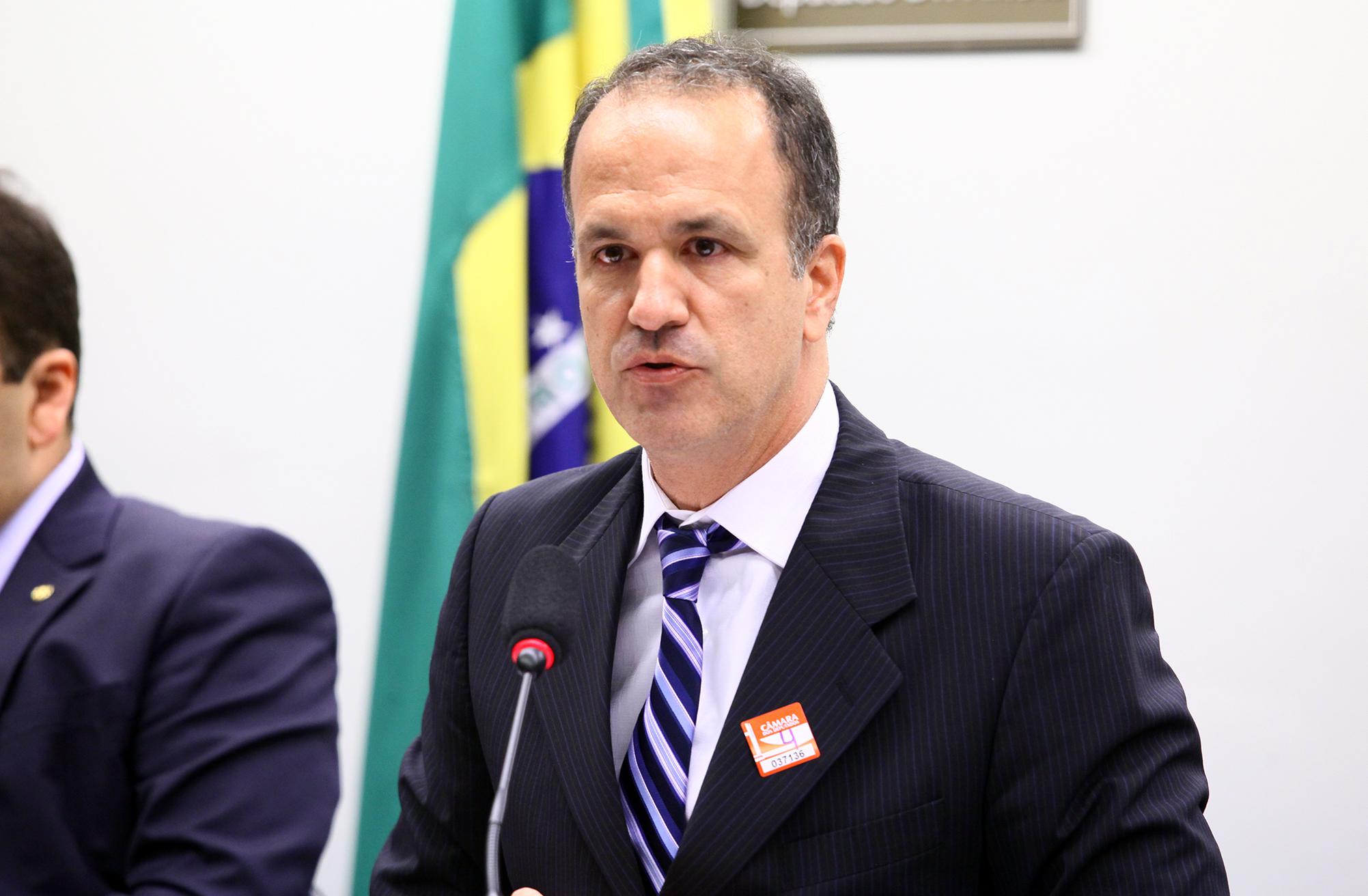 Secretaria de Educação do DF chama defensor da Escola sem Partido para palestra