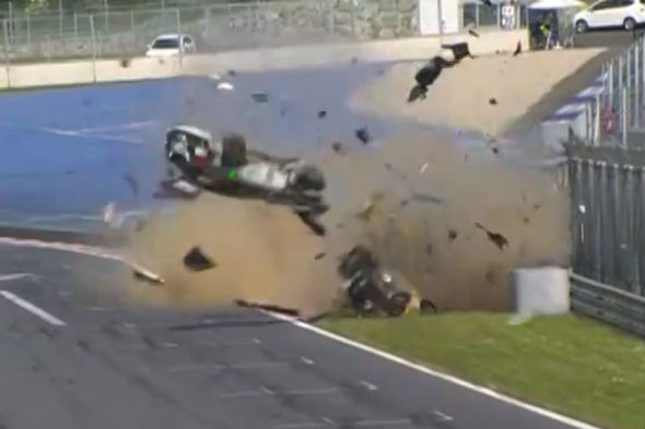 GT4 European Series crash