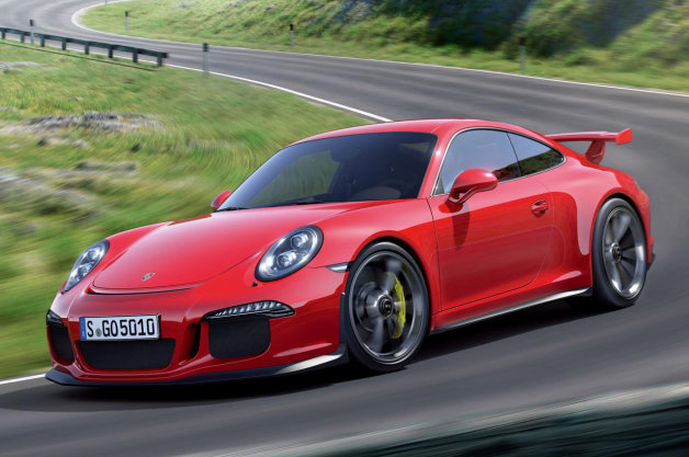 「まさに理想!」 ポルシェ「911 GT3」がパフォーマンスカー・オブ・ザ・イヤーを受賞