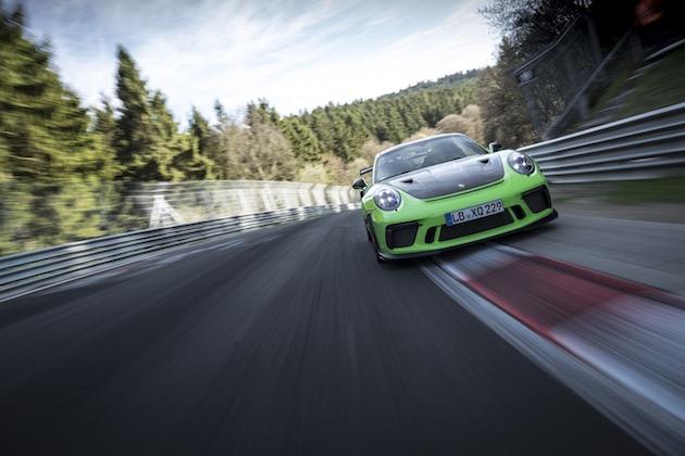 【ビデオ】ポルシェの新型「911 GT3 RS」がニュルブルクリンクで7分を切る!