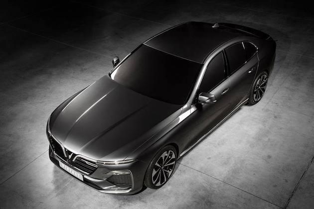 ベトナムの自動車メーカー、ビンファストがBMWの旧型モデルをベースにしたセダンとSUVを発表