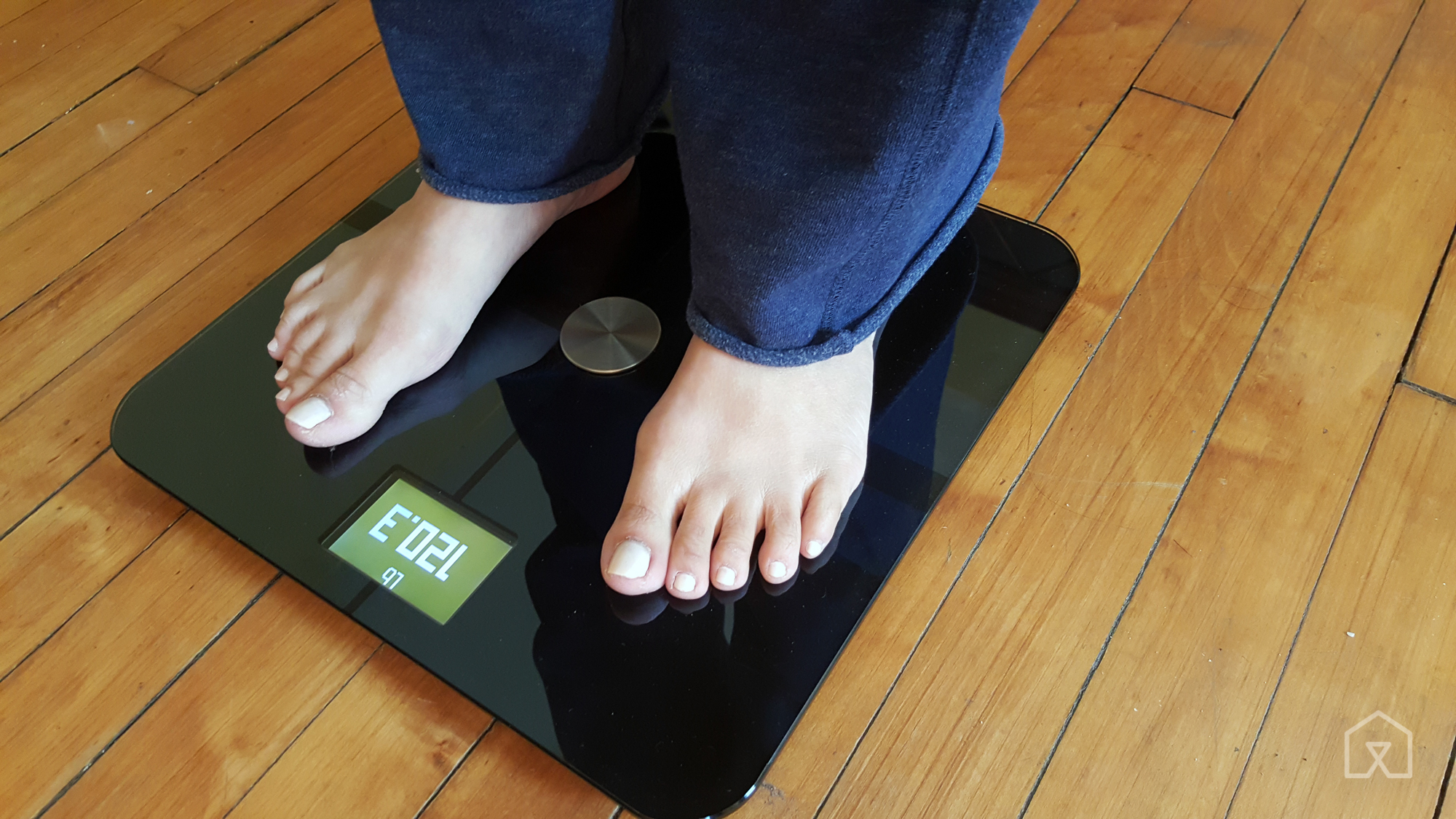 Stand up bathroom scales - Smart Or Not The Withings Body Is One Of The More Pleasant Scales To Stand On Though You Need To Balance Yourself Properly On The Scale To Get Your Final