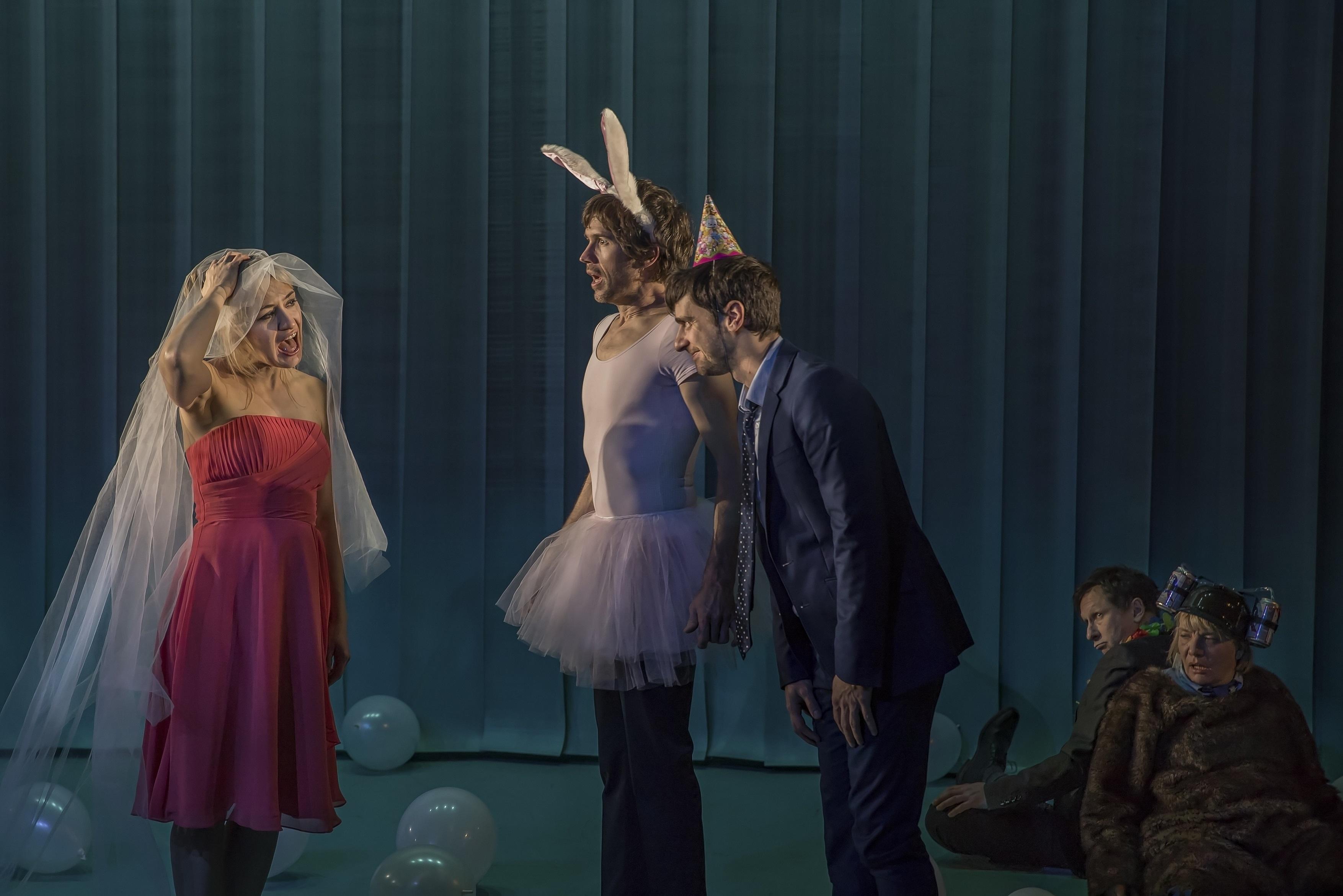 « Les Enivrés », un grand moment de théâtre au