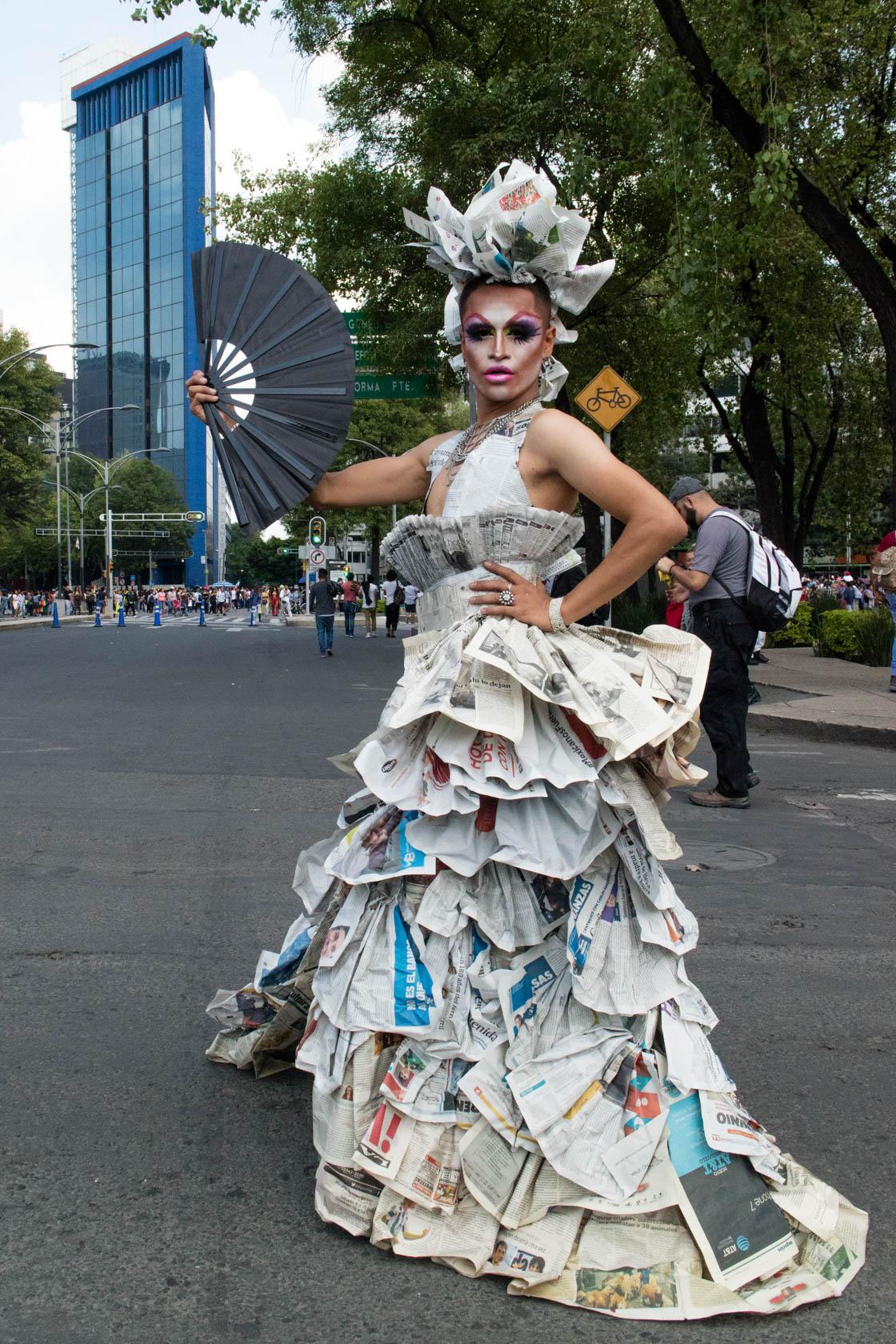 Nemma Queen, drag participante en la Marcha del Orgullo LGBT+