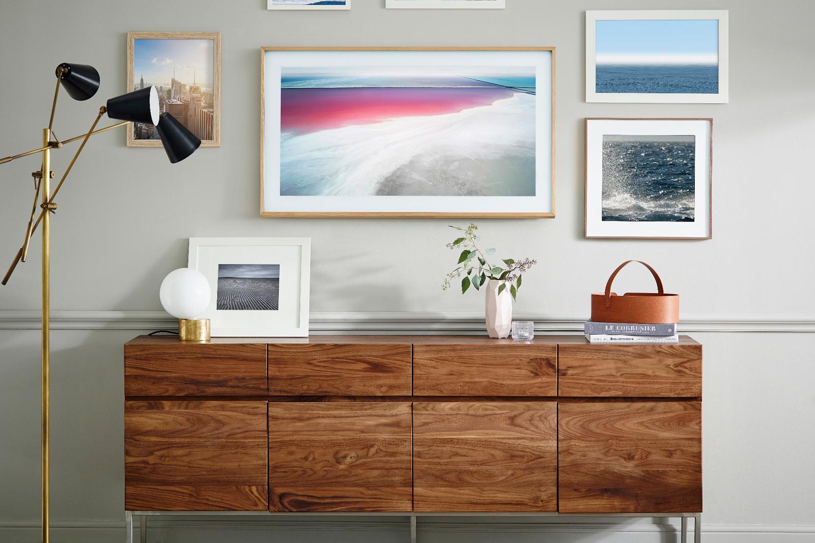 Samsungs the frame tv doubles as an art piece samsung jeuxipadfo Gallery