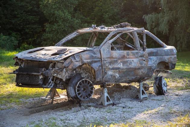 ケン・ブロックが、黒焦げになったフォード「エスコート RS コスワース」の画像を公開