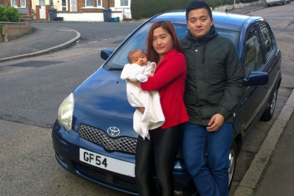 Mother gives birth inside Toyota Yaris