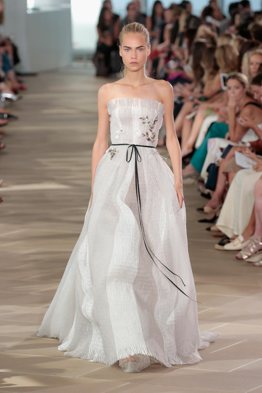 Monique Lhuillier - Runway - September 2016 - New York Fashion Week