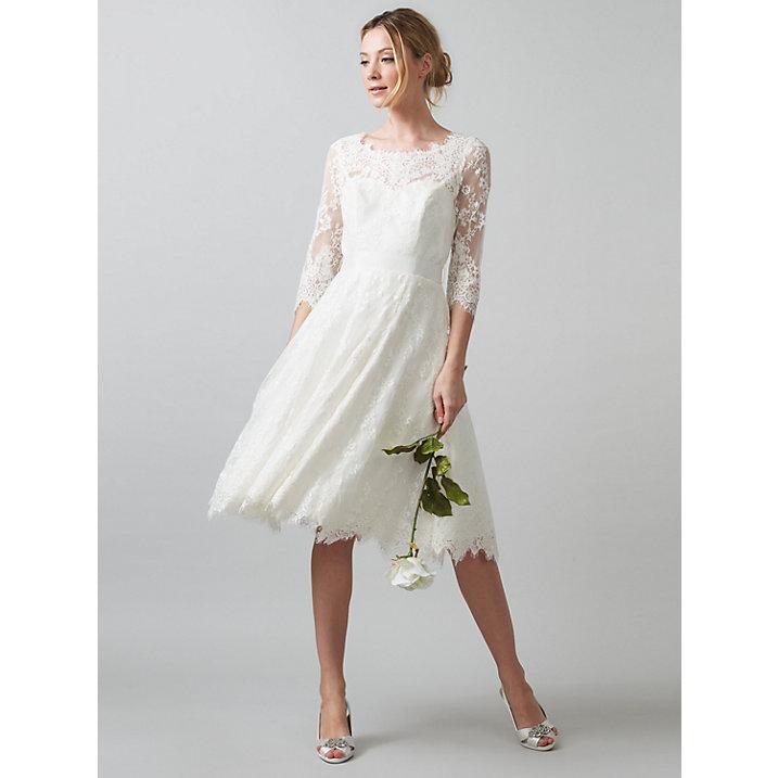 Five Best Wedding Dresses Under £500