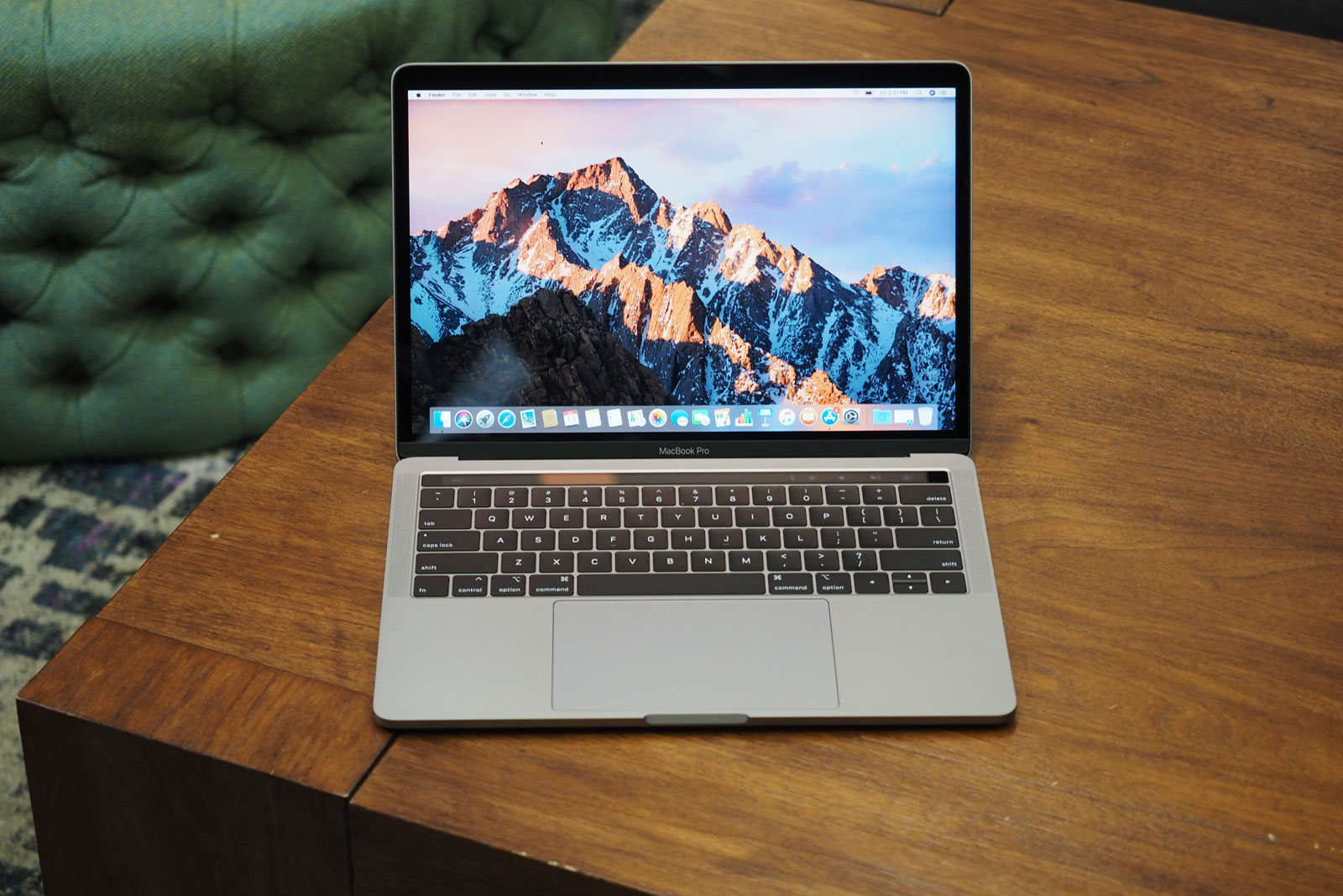 The best MacBook deals for December Amazon is selling Apple's inch MacBook Pro with a $ discount. The laptops, which start at $1, after the discount, are sold through Amazon's.