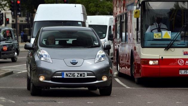 Uber、英国ロンドンで50台の電気自動車を導入し実用性を検証