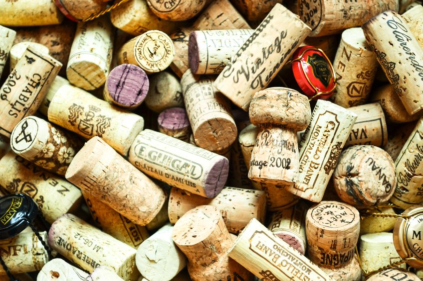 17872050 - box of wine