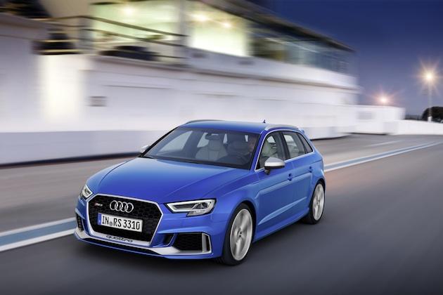 アウディ、400馬力の新型5気筒エンジンが搭載された「RS3 Sportback」を発表
