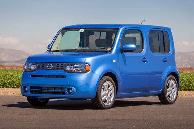 2014 Nissan Cube - front three-quarter view, blue